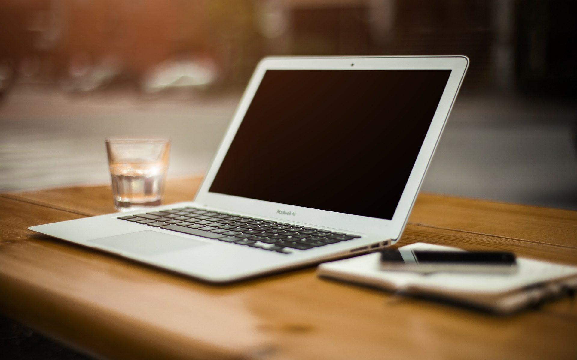 Omsorgsfull läsning av manus – lektörsutlåtande hos Imse Författarhjälp